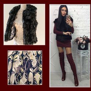 AMI Black faux fur sleeveless vest